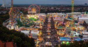 Das Oktoberfest-Gelände ist groß. Im Süden der Theresienwiese finden Besucher...