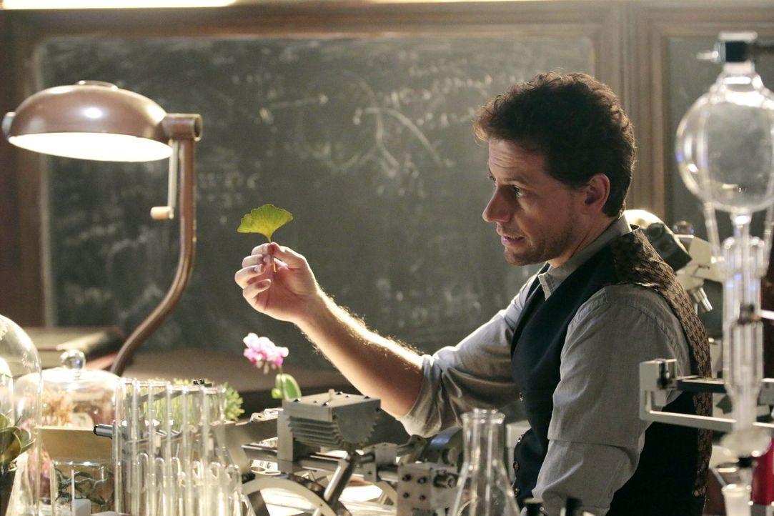 Macht sich daran, einem völlig durchgeknallten Mörder das Handwerk zu legen: Henry (Ioan Gruffudd) ... - Bildquelle: Warner Brothers