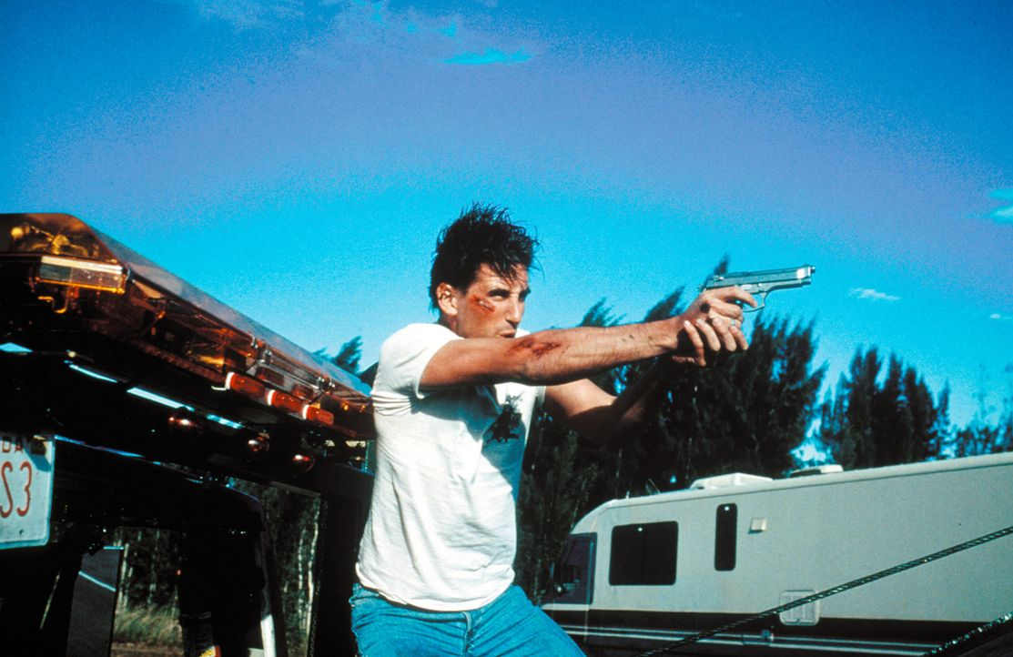 Zunächst kann der Cop Max Kirkpatrick (William Baldwin) seine Schutzbefohlene absolut nicht ausstehen, doch schon bald riskiert er Kopf und Kragen f... - Bildquelle: Warner Bros. Pictures