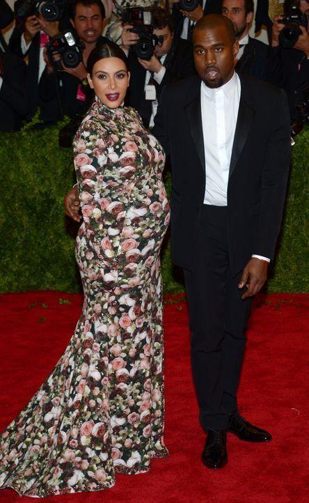 Die schwangere Kim Kardashian mit Kanye West - Bildquelle: +++(c) dpa - Bildfunk+++ Verwendung nur in Deutschland