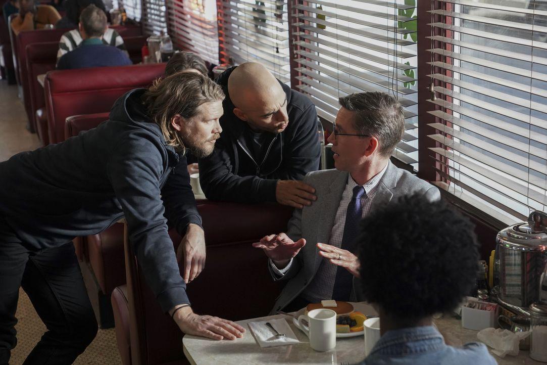 (v.l.n.r.) Bobby (Scott Deckert); Lenny (Shahine Ezell); Jimmy Palmer (Brian Dietzen) - Bildquelle: Michael Yarish 2019 CBS Broadcasting Inc. All Rights Reserved. / Michael Yarish