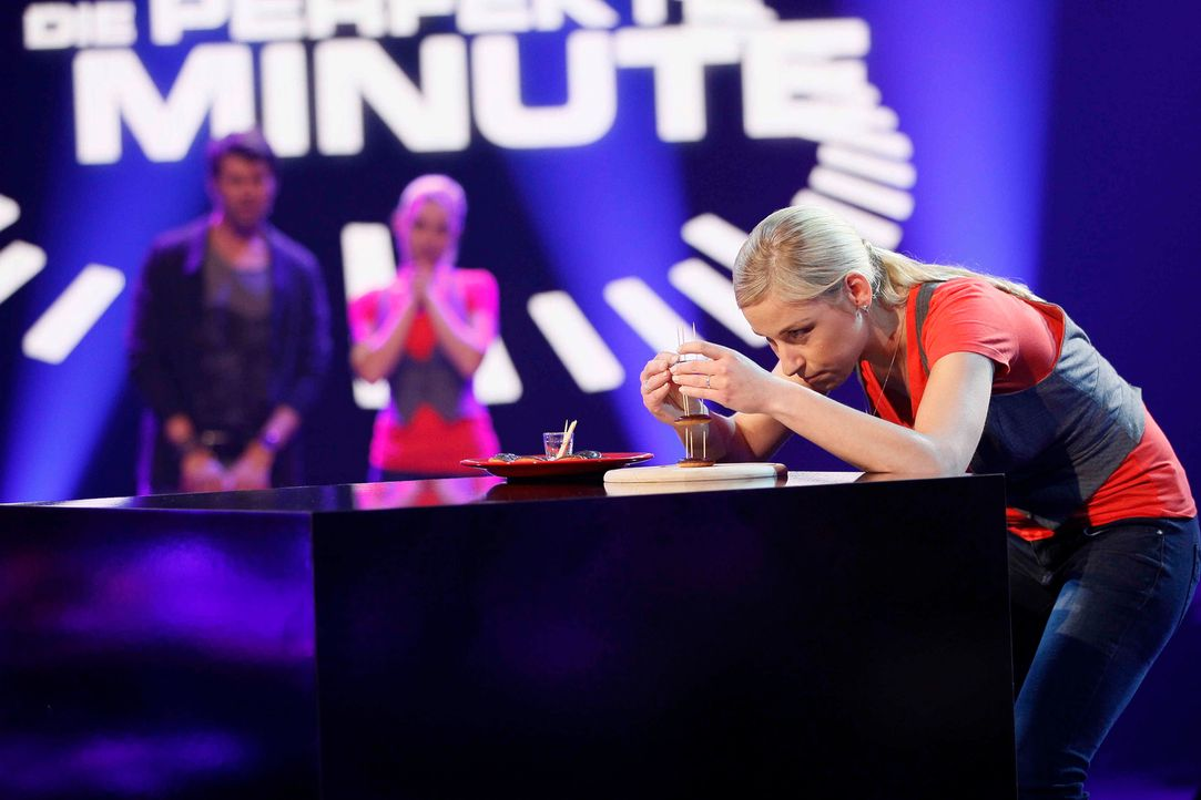 Edith hochkonzentriert ... - Bildquelle: Guido Engels SAT.1