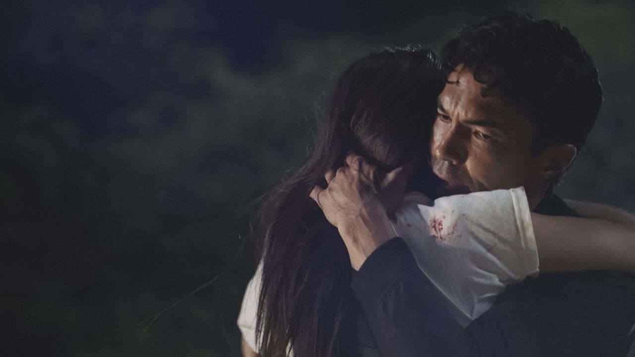 Tamiko Masuda (Brittany Ishibashi, l.); Adam Noshimuri (Ian Anthony Dale, r.) - Bildquelle: 2019 CBS Broadcasting, Inc. All Rights Reserved.