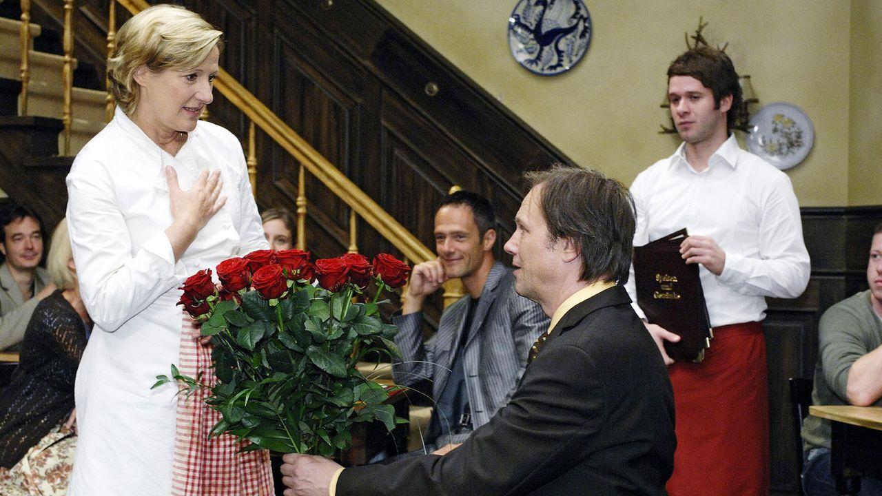 Anna-und-die-Liebe-Folge-49-05-sat-1-oliver-ziebe - Bildquelle: SAT.1/Oliver Ziebe