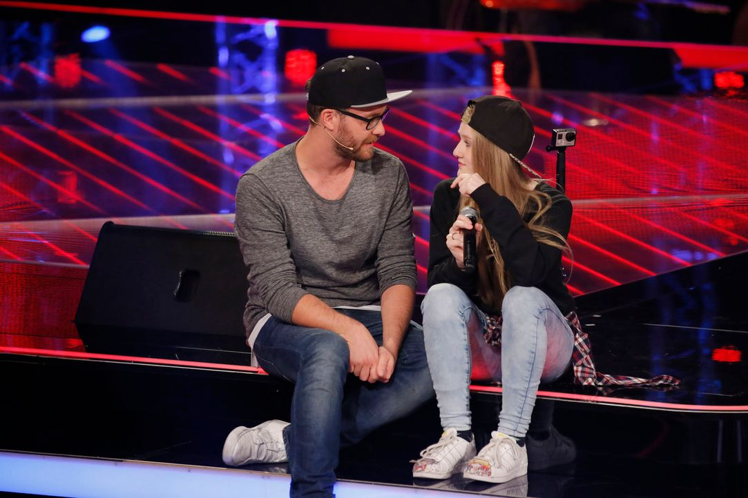 The-Voice-Kids-s04e02-Anne-6-SAT1-Richard-Huebner - Bildquelle: © SAT.1/ Richard Hübner
