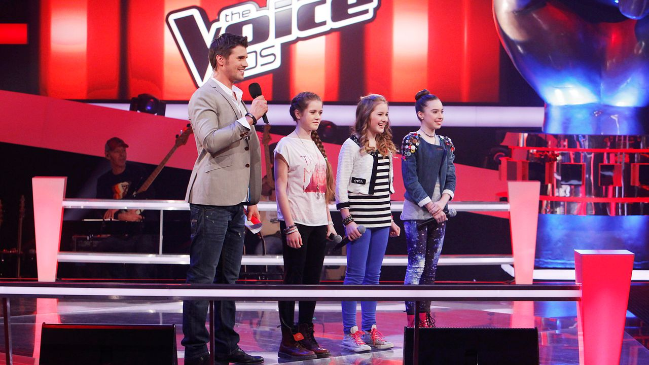 The-Voice-Kids-epi04-Rita-Sarah-Alexandra-5-SAT1-Richard-Huebner - Bildquelle: SAT.1/Richard Hübner