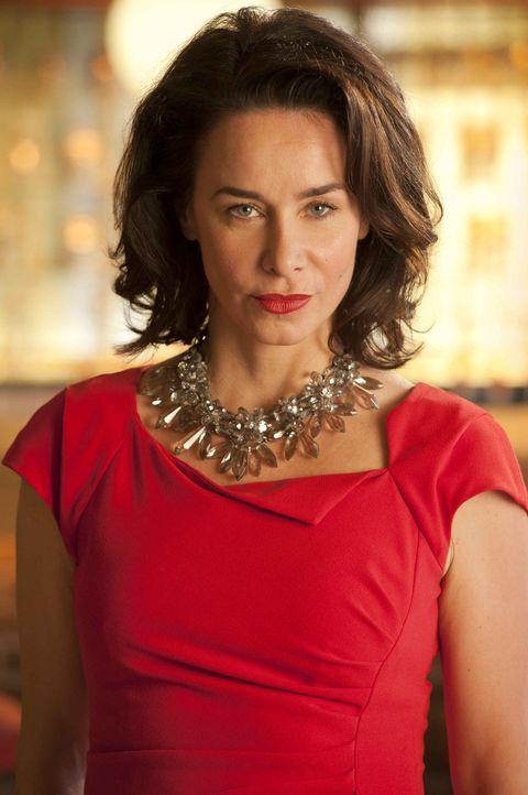 Eines Tages verliebt sich die taffe Chefeinkäuferin Nicky (Katharina Müller-Elmau) Hals über Kopf und zum ersten Mal in ihrem Leben richtig. Und... - Bildquelle: Britta Krehl SAT.1