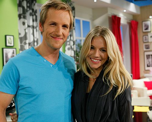 Und wie sie beide lächeln... - Bildquelle: Ingo Gaus - Sat 1