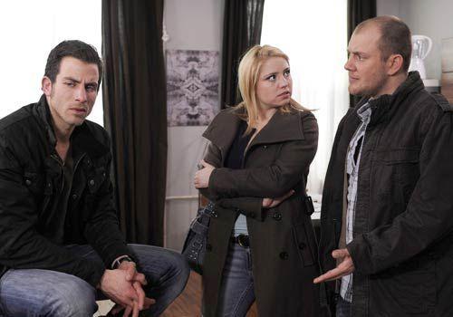 Piet macht Michael schwere Vorwürfe und unterstellt ihm, selbst Schuld daran zu sein, dass Bea ihn rausgeworfen hat. Doch Michael kann einfach nich... - Bildquelle: Christoph Assmann - Sat1
