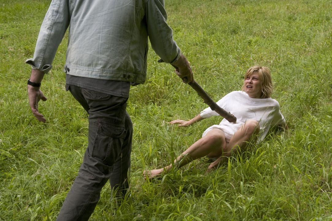 Freds (Vanessa Valence) Fluchtversuch geht gehörig schief ... - Bildquelle: 2014 BEAUBOURG AUDIOVISUEL