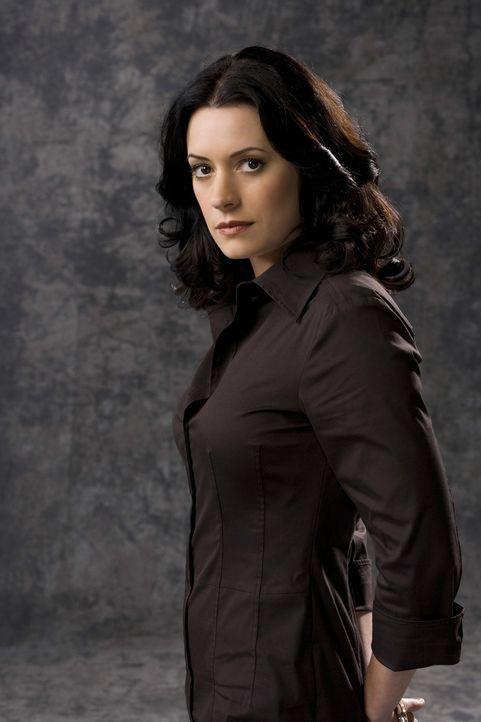 (3. Staffel) - Gemeinsam mit ihren Kollegen, der B.A.U., einer FBI-Einheit, bringt Emily Prentiss (Paget Brewster) jeden Serientäter zur Strecke ... - Bildquelle: Touchstone Television