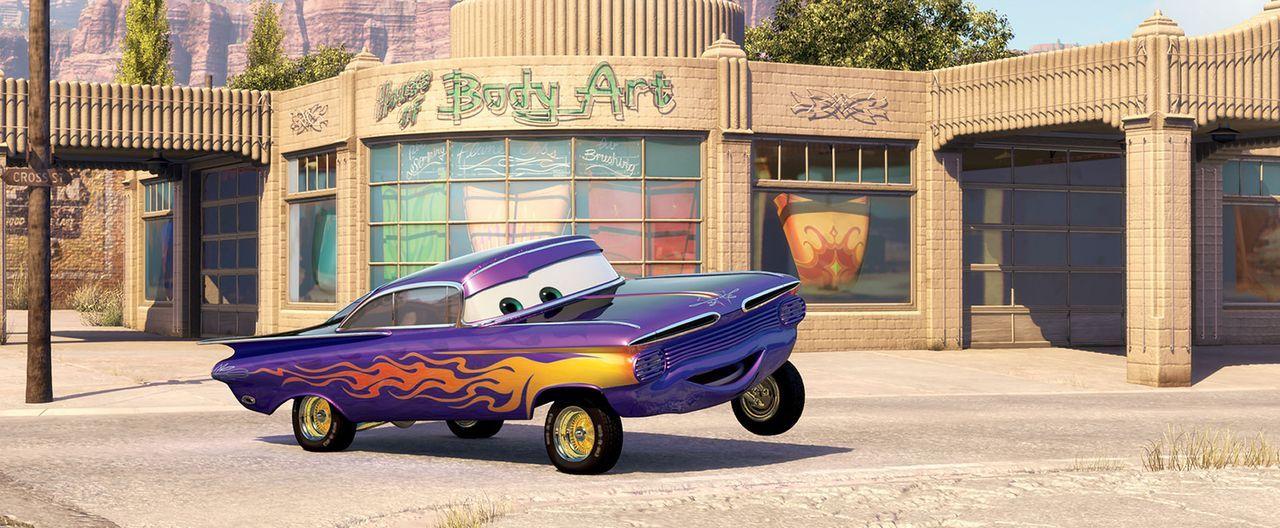 Der 59er Impala Ramone betreibt in Radiator Springs einen Bodyart-Shop. Aus Ermangelung an Kunden verpasst er sich selbst jeden Tag eine neue Lackie... - Bildquelle: Walt Disney Pictures