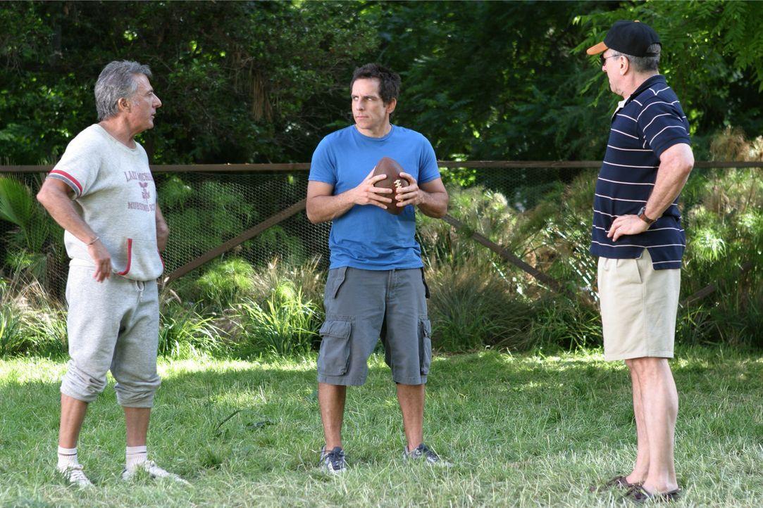 Männer unter sich (v.l.n.r.: Dustin Hoffman, Ben Stiller, Robert De Niro). Kann das gut gehen? - Bildquelle: DreamWorks SKG