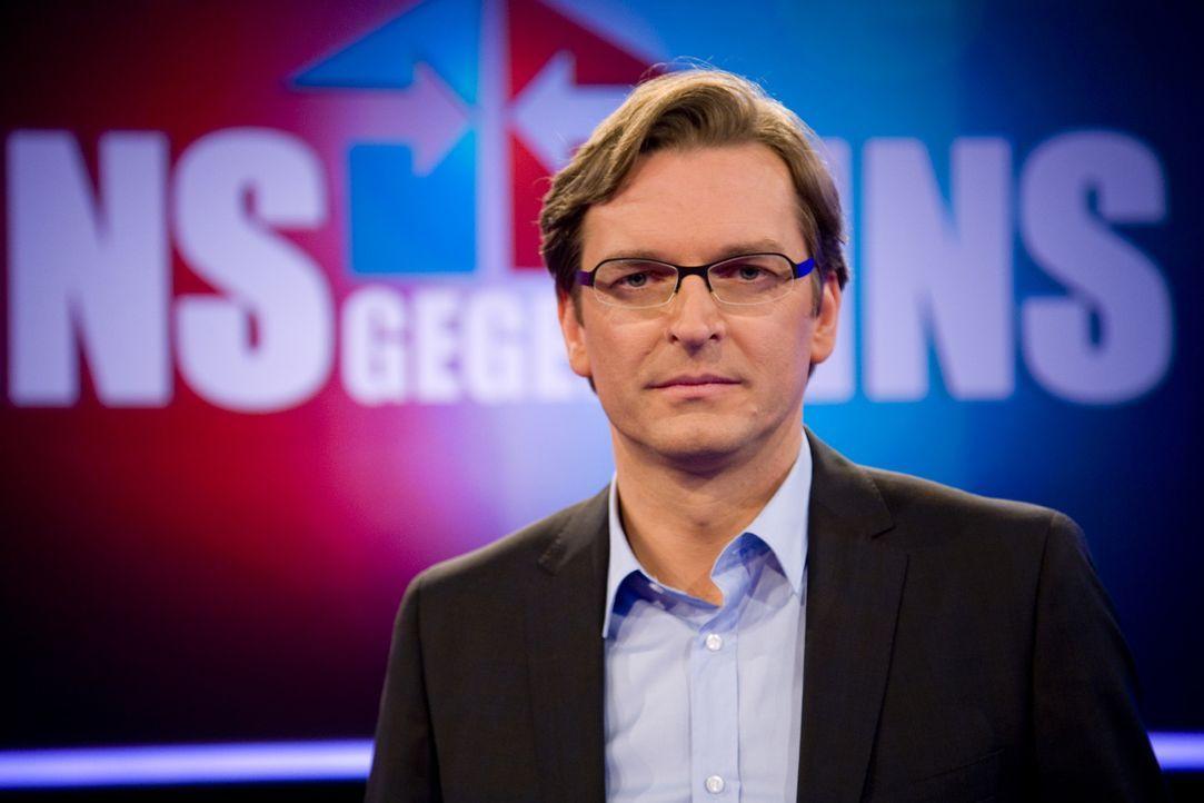 Jede Woche empfängt Claus Strunz zwei prominente Kontrahenten zum Rededuell. Zu einem aktuellen politischen Thema wird eine konkrete Frage diskutie... - Bildquelle: SAT.1