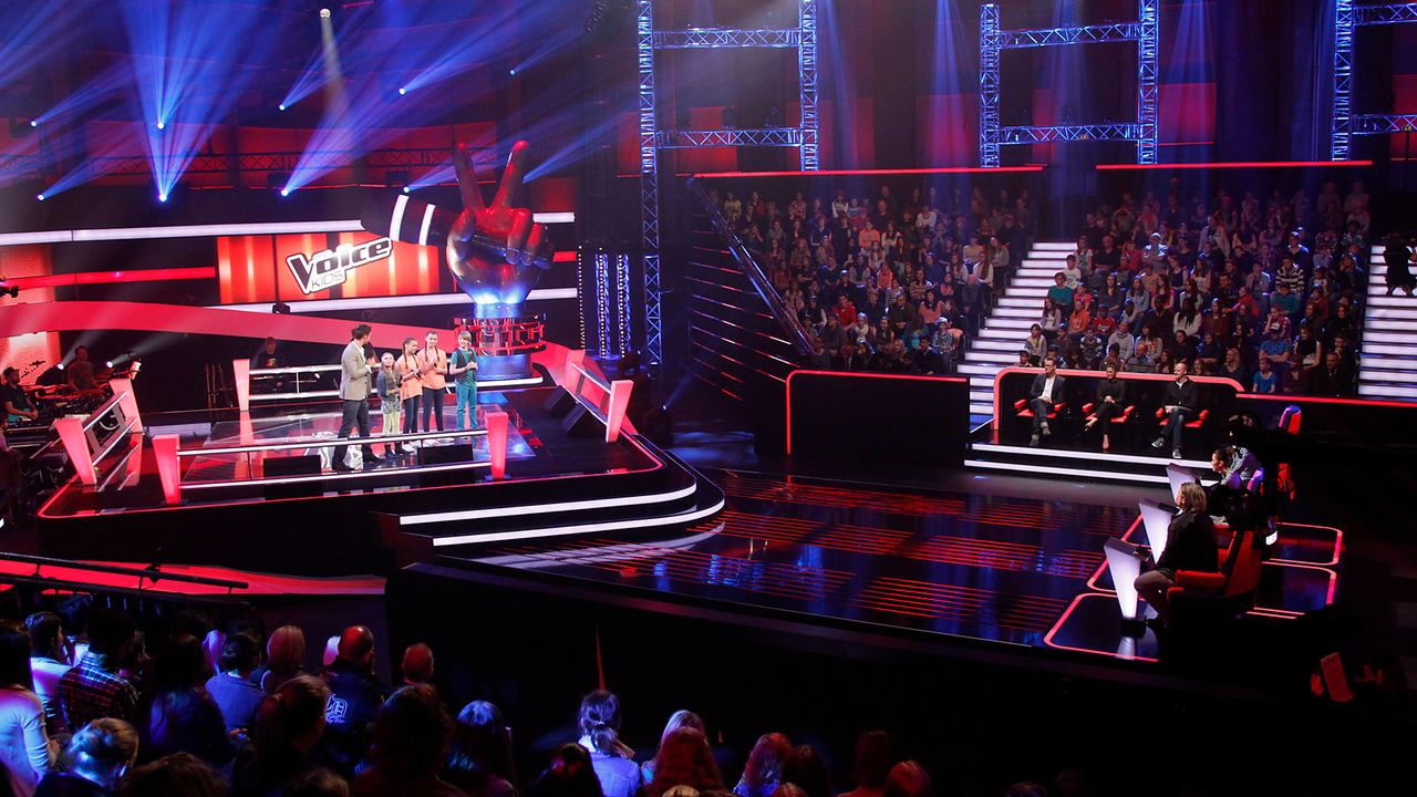 The-Voice-Kids-epi05-GiulianaGillianaTimFabienne-3-SAT1-Richard-Huebner - Bildquelle: SAT.1/Richard Hübner