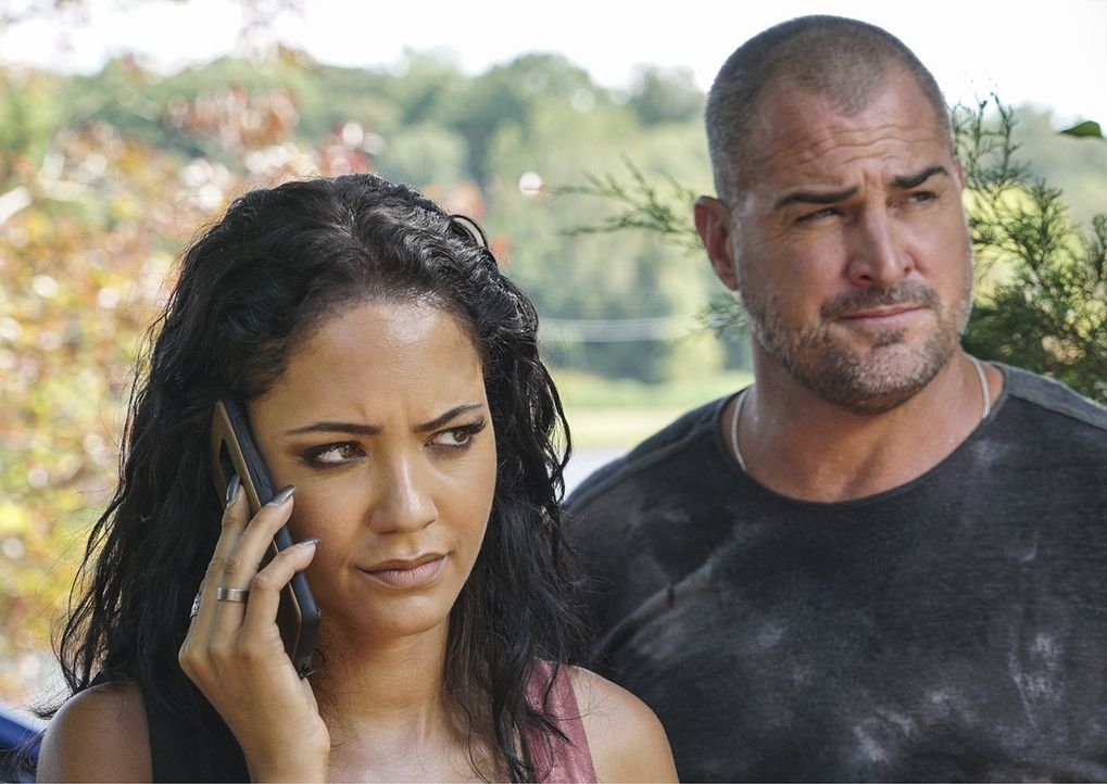 Riley Davis (Tristin Mays, l.); Jack Dalton (George Eads, r.) - Bildquelle: Annette Brown 2018 CBS Broadcasting, Inc. All Rights Reserved