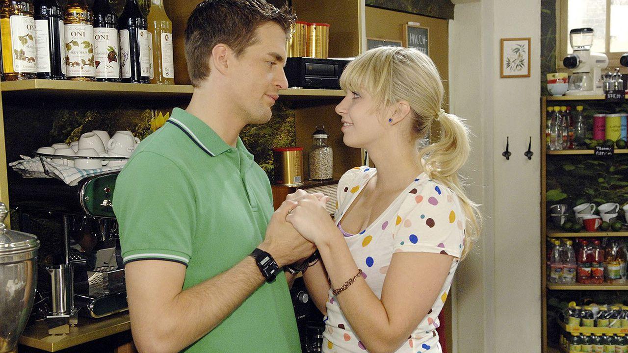 Anna-und-die-Liebe-Folge-239-04-Sat1-Claudius-Pflug - Bildquelle: Claudius Pflug