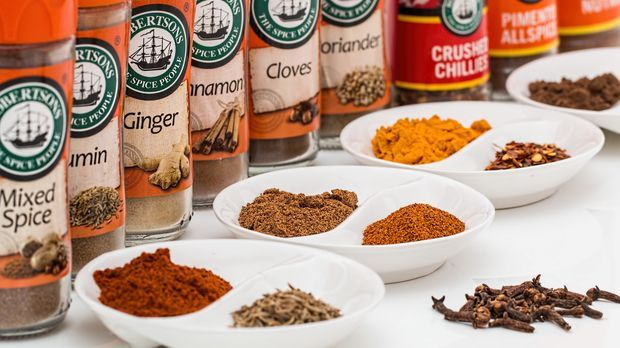 spices-887348_1920