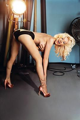 Galerie: Christina Aguilera | Heissssss! - Bildquelle: Michael Thompson - GQ