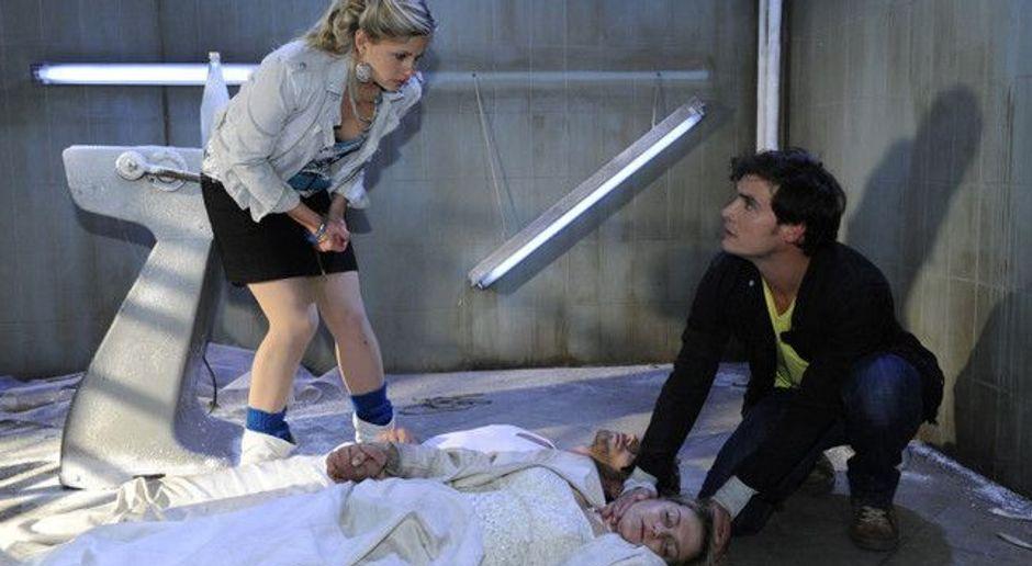 Anna Und Die Liebe Video Folge 320 Zwischen Leben Und Tod Sat 1