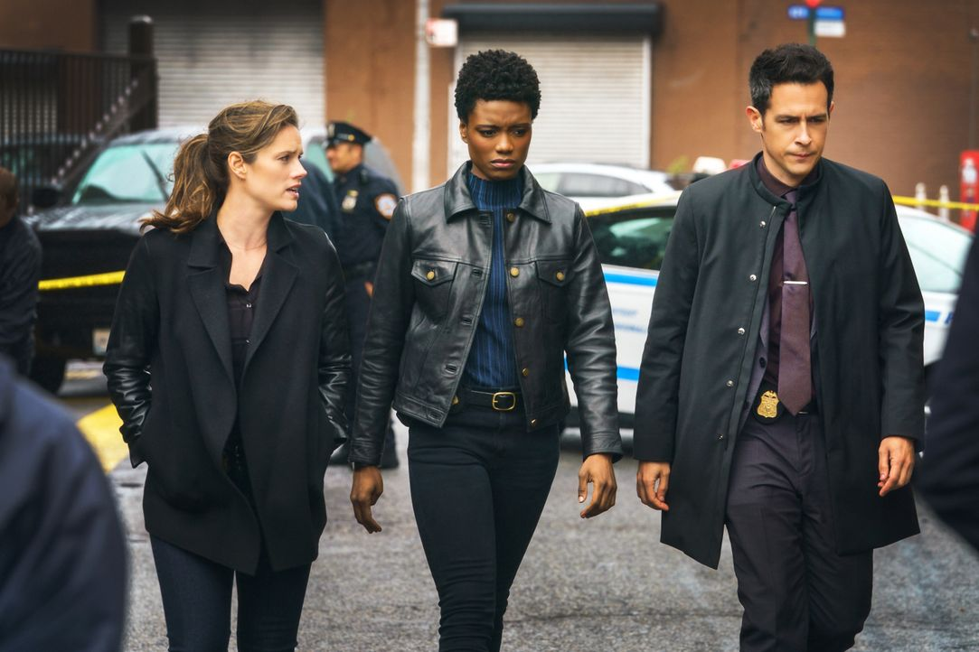 (v.l.n.r.) Special Agent Maggie Bell (Missy Peregrym); Special Agent Tiffany Wallace (Katherine Renee Turner); Special Agent Stuart Scola (John Boyd) - Bildquelle: Michael Parmelee 2020 CBS Broadcasting Inc. All Rights Reserved. / Michael Parmelee
