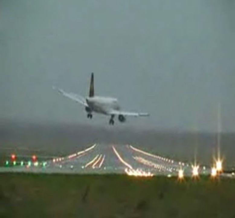 Jet-Orkan-Hamburg-dpa2 - Bildquelle: dpa/picture alliance