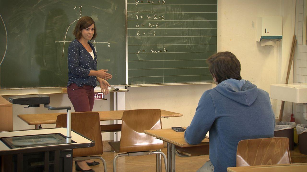 Lehrerin-aus-Leidenschaft7 - Bildquelle: SAT.1