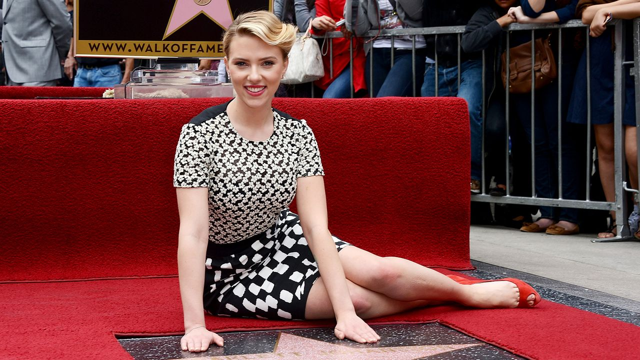 Scarlett-Johansson-12-05-02-getty-AFP - Bildquelle: getty-AFP