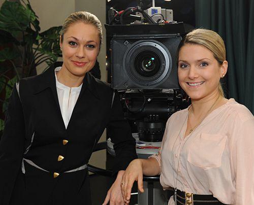 Ruth Moscher und Jeanette am Set. - Bildquelle: Sat1