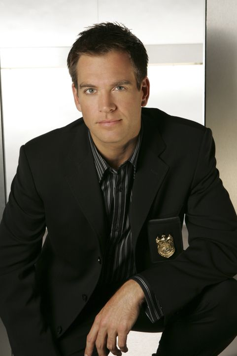 (2. Staffel) - Tony (Michael Weatherly) ist jung, draufgängerisch und versucht beständig Gibbs zu beweisen, dass er ein wirklich guter Agent ist... - Bildquelle: CBS Television
