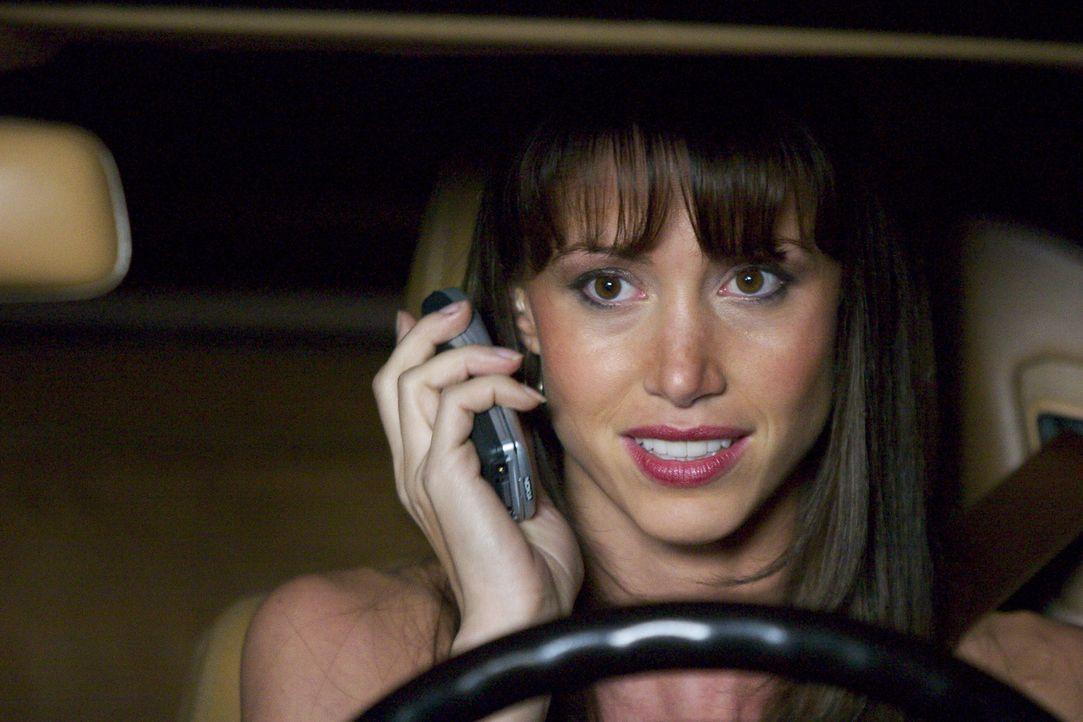 Ahnt nicht, dass ihr nicht mehr viel Zeit bleibt: Becky (Shannon Elizabeth) ... - Bildquelle: Dimension Films