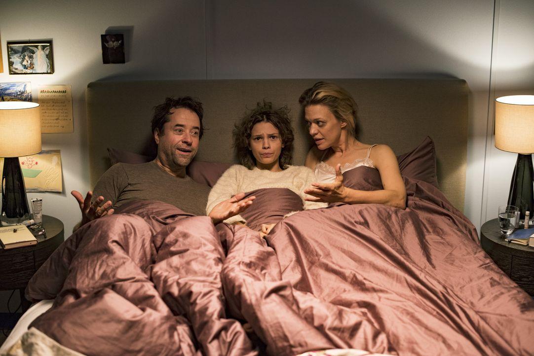 (v.l.n.r.) Hannes (Jan Josef Liefers); Carla (Harriet Herbig-Matten); Sara (Heike Makatsch) - Bildquelle: 2017 Constantin Film Verleih GmbH