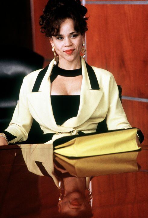 So einfach lässt sich die gerissene Muriel (Rosie Perez) nicht unterkriegen: Sie will alles für sich allein und reicht die Scheidung ein ... - Bildquelle: Columbia TriStar