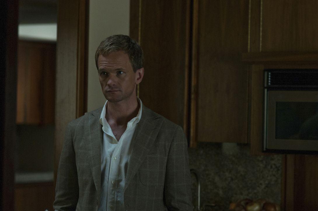 Desi Collings (Neil Patrick Harris) ahnt nicht, dass er für seine Verliebtheit bitterlich bezahlen muss ... - Bildquelle: 2014 Twentieth Century Fox Film Corporation. All rights reserved.