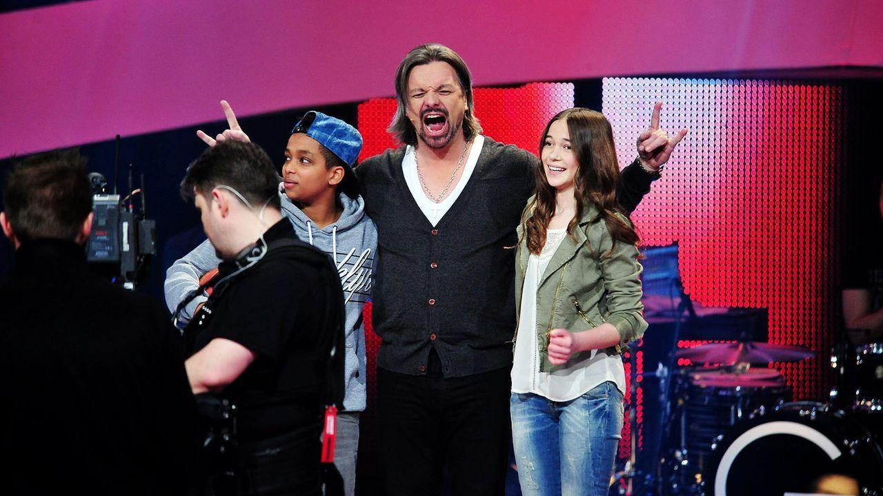 The-Voice-Kids-Stf02-Epi05-Danyiom-Hanna-2-SAT1-Andre-Kowalski - Bildquelle: SAT.1/Andre Kowalski