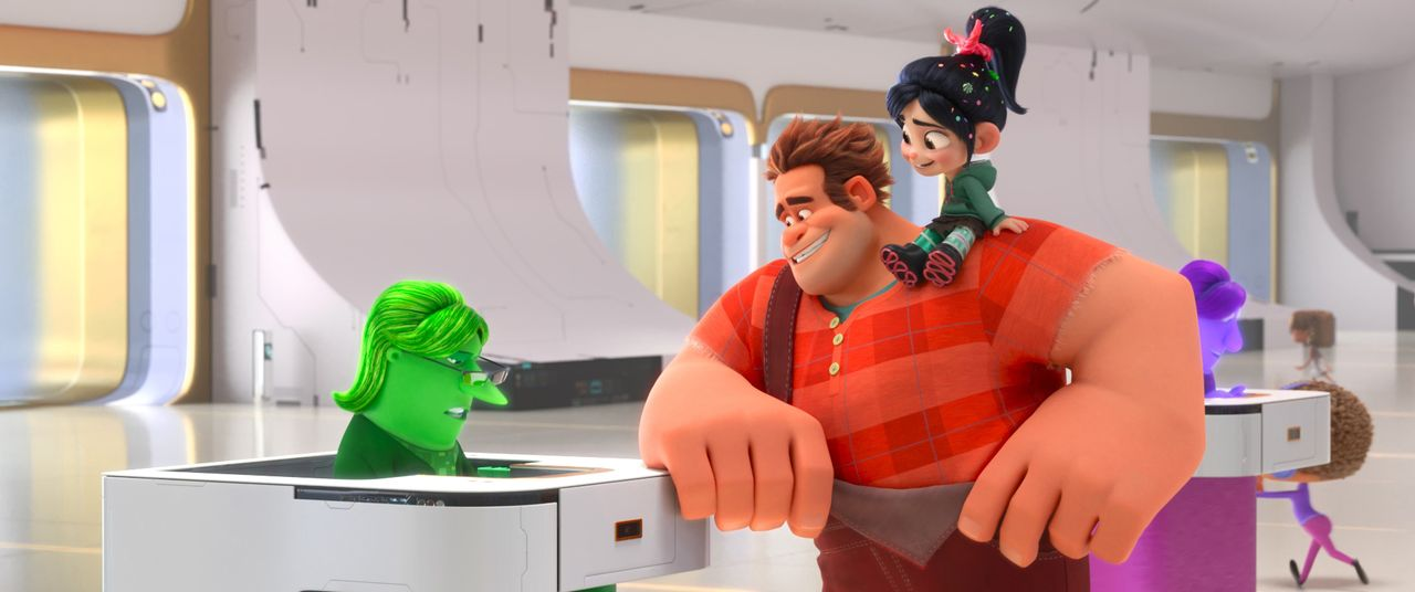 Ralph (Mitte); Vanellope (r.) - Bildquelle: 2018 Disney. All Rights Reserved.