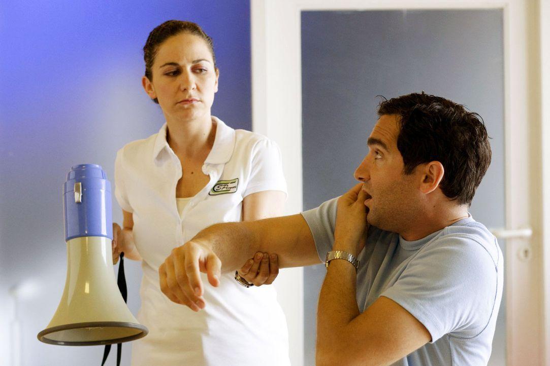 Körperliche Übungen können auch gegen Schmerzen helfen, wobei diese meist schon von den körperlichen Übungen kommen. Egal! Wichtig ist dann nur, das... - Bildquelle: Guido Engels Sat.1