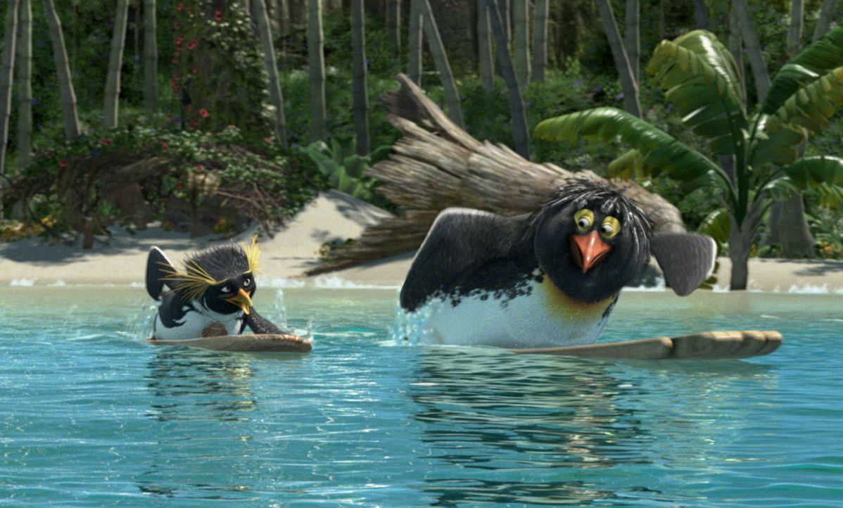 Jung-Pinguin Cody (l.) lebt im coolen Shiverpool in der Antarktis. Als er noch ganz klein war, kam einst die Surf-Legende Big Z. (r.) zu Besuch, suc... - Bildquelle: 2007 Sony Pictures Animation Inc. All Rights Reserved.