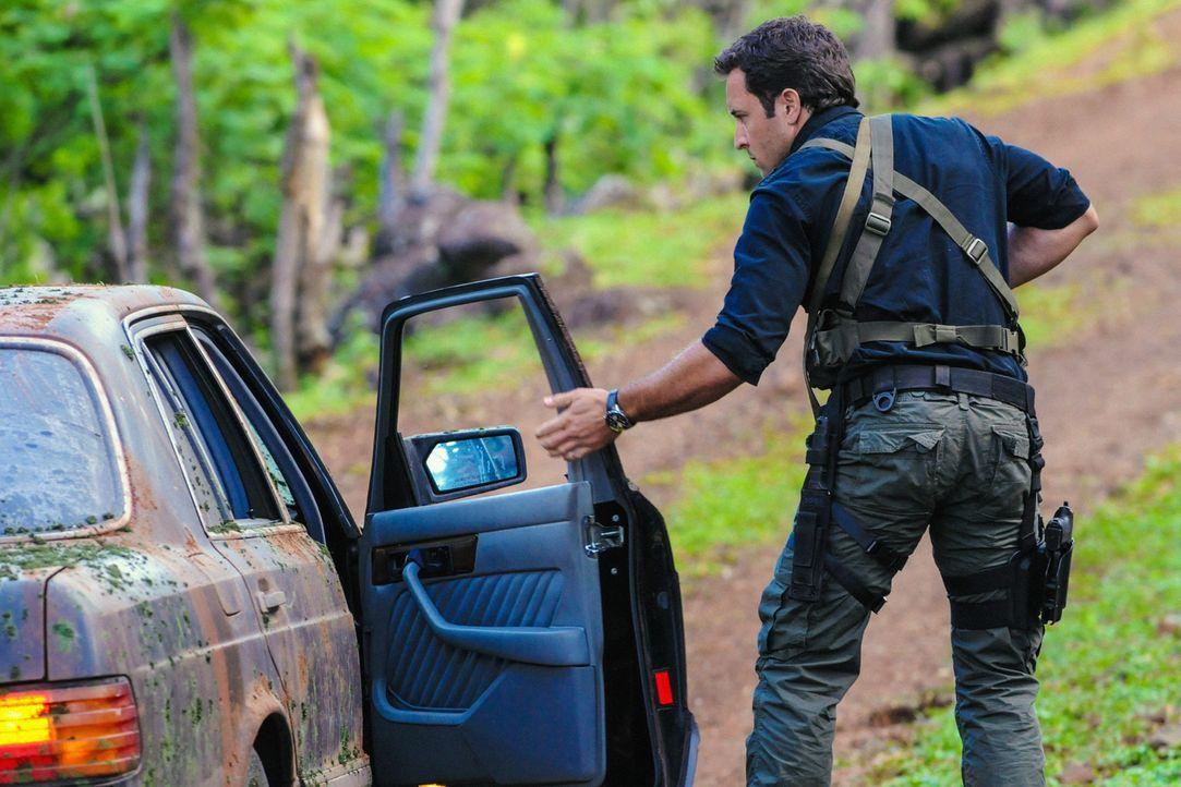 Ist seinem gefallenen Freund einen Ehrendienst schuldig: Steve (Alex O'Loughlin) ... - Bildquelle: 2013 CBS Broadcasting, Inc. All Rights Reserved.
