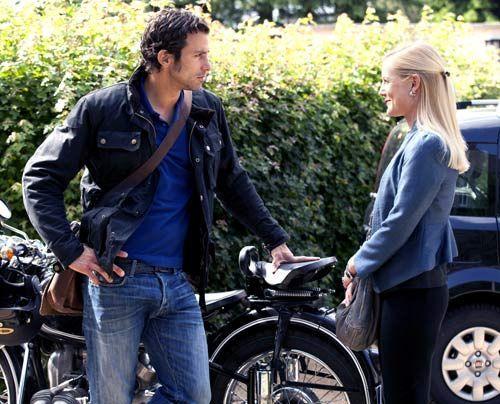 Helena scheint die Anwesenheit von Michael sehr zu genießen, weswegen sie immer häufiger dessen Nähe sucht. - Bildquelle: David Saretzki - Sat1