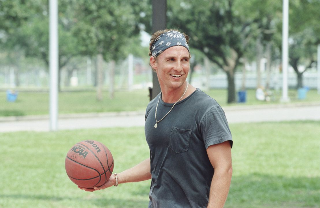 Hat zum Missfallen seiner Eltern, nicht vor, aus dem Hotel Mama auszuziehen: Tripp (Matthew McConaughey) ... - Bildquelle: TM &   Paramount Pictures. All Rights Reserved.