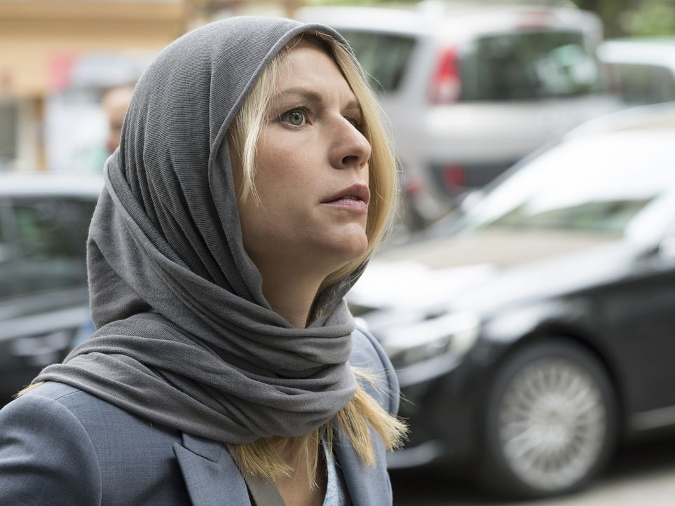 Als Carries (Claire Danes) Chef Otto Düring vorhat, in den Libanon zu reisen, um zu organisieren, dass das General Alladia-Camp mit Lebensmitteln un... - Bildquelle: Stephan Rabold 2015 Showtime Networks, Inc., a CBS Company. All rights reserved.
