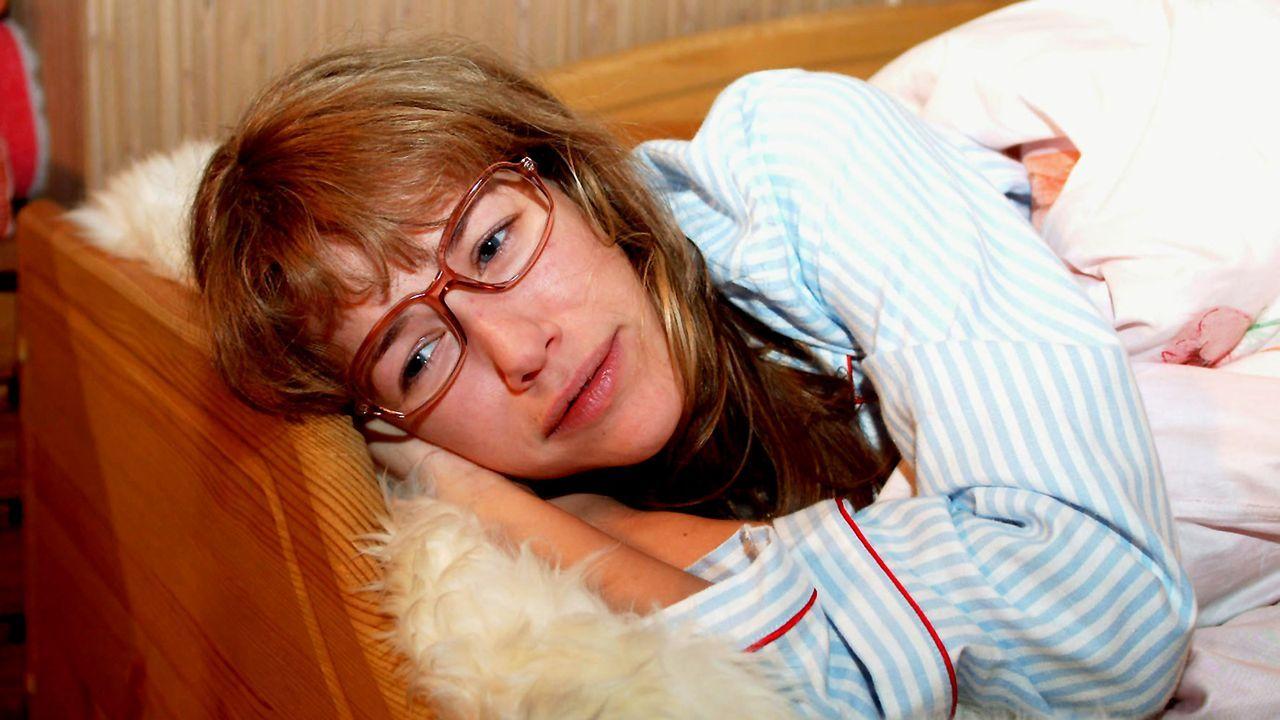 verliebt-in-berlin-folge-18-01-SAT1-Monika-Schuerle - Bildquelle: Sat.1/Monika Schürle