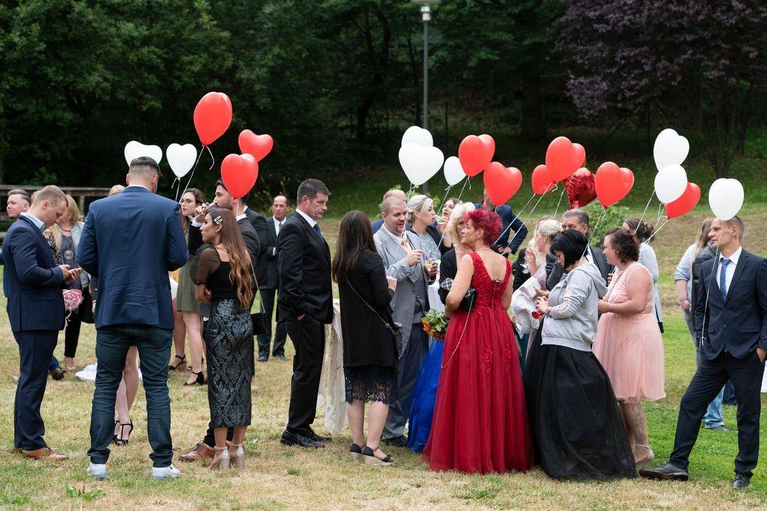 Samantha und Serkan: Die Hochzeit15 - Bildquelle: SAT.1 / Christoph Assmann