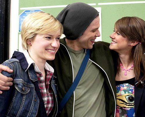 Haben Spaß miteinander: Emma, Jenny und Bodo ... - Bildquelle: David Saretzki - Sat1
