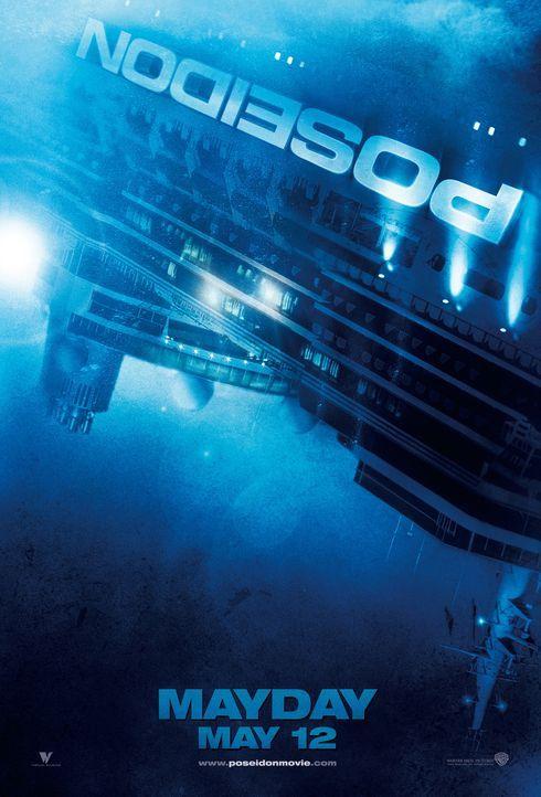 Als das luxuriöse und als unsinkbar geltende Kreuzfahrtschiff Poseidon von einer gigantischen Welle überrollt wird, dreht es sich um 180 Grad und st... - Bildquelle: Warner Brothers International Television Distribution Inc.